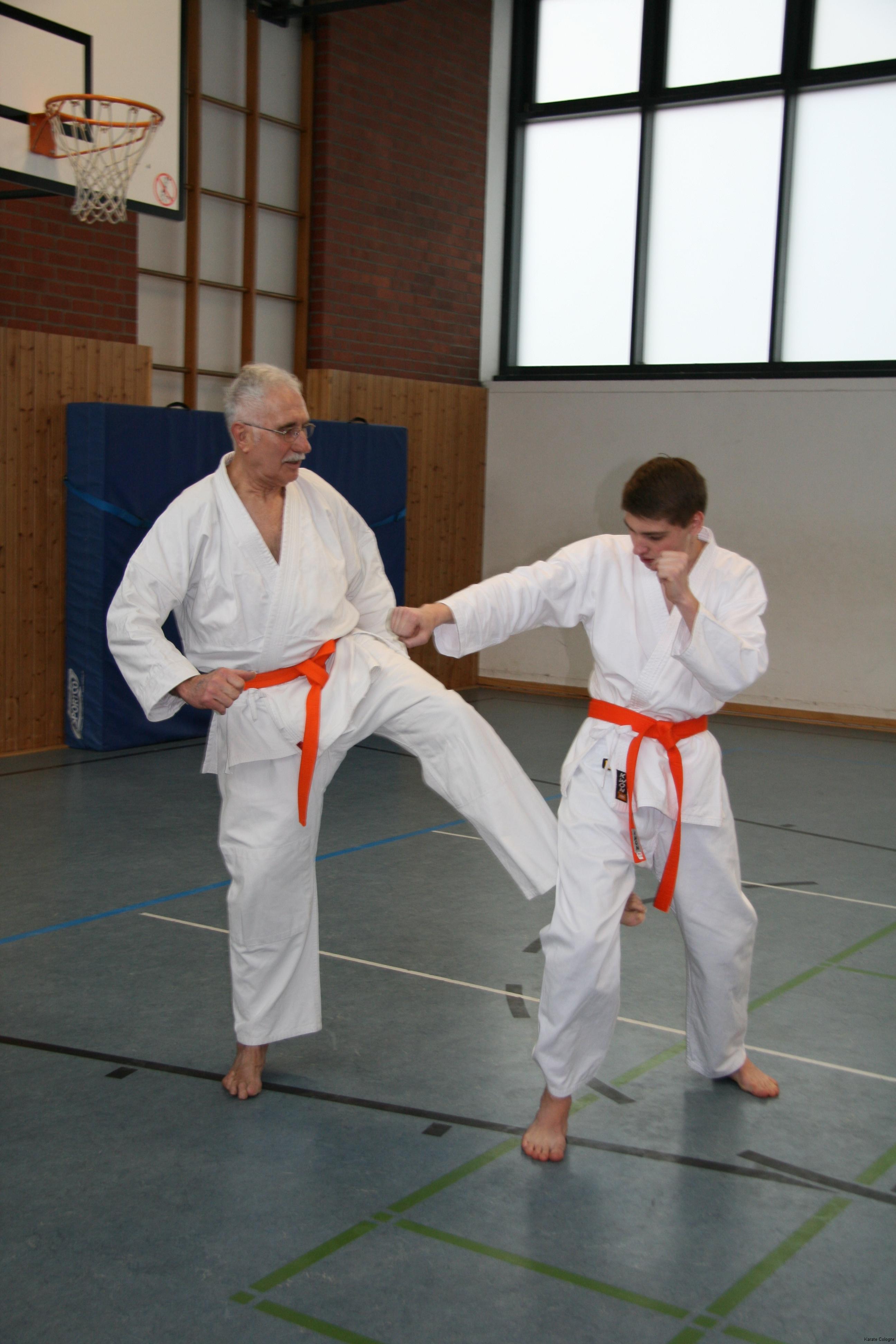 Karate Lehrg. 21.02.2015 025.JPG